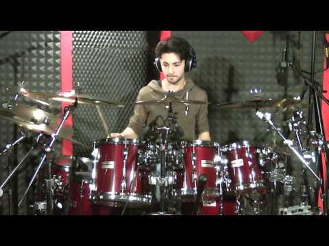 Silvio Fiorelli drummer – Scream (Chad Wackerman) Drum Cover