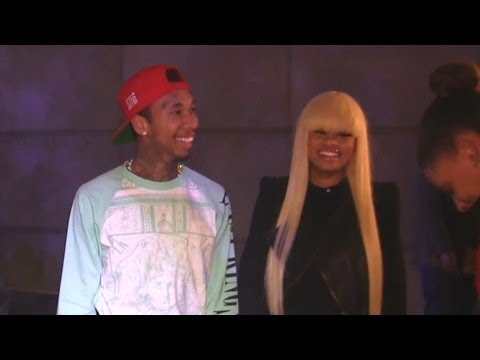 Tyga And Blac Chyna Enjoy Valentine's Day At A Lakers Game video