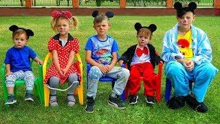 Cinco monitos saltaban en la cama   Canciones infantiles   LETSGOMARTIN