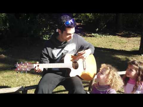 Μάθε να Παίζεις Το Πιό Εύκολο Τραγούδι για Κιθάρα Στον Κόσμο σε 2 λεπτά μόνο!