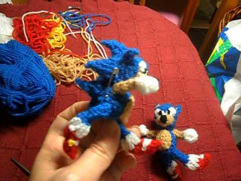 Knitting Pattern For Sonic The Hedgehog Toy : Sonic the hedgehog ( MIS MUnEQUITOS DE CROCHET GANCHILLO ...
