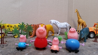 Peppa Pig Goes To The Zoo To See The Animals And The Dinosaur