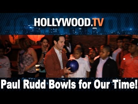 Stars bowling for a good cause!!! - Hollywood.TV