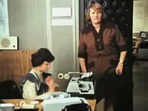 Табличка на стол а идите выв бухгалтерию!