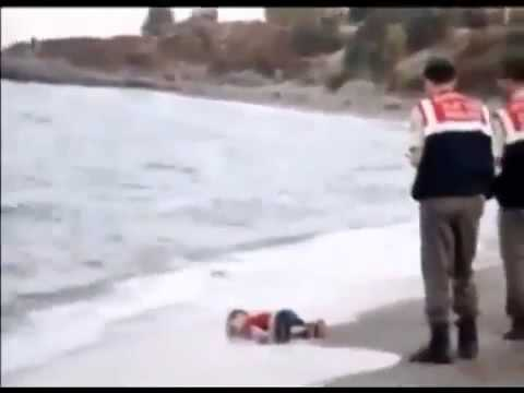 Video of drowned Syrian boy, toddler washed up on Turkish shore  - Migrant crisis news
