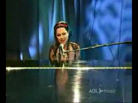Evanescence - bring me to life acoustic live aol - YouTube