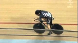 Alison Shanks - Delhi Commonwealth Games Track Cycling 3000m IP Final.wmv