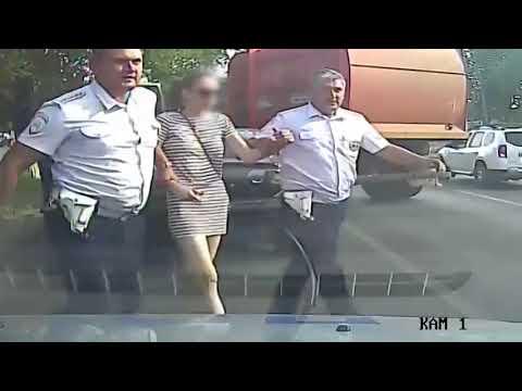 Волгоград. Полицейская погоня. Водитель грузовика красавец!