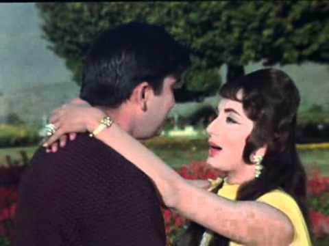 Hum Jab Simat Ke Aap   waqat 1 clip0