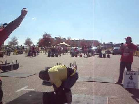 DOUG MADEWELL 200LBS GIANT DUMBBELL C&P  TUNICA,MS STRONGMAN NATIONALS 2012