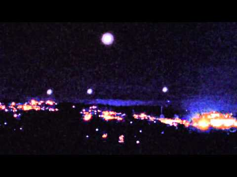 UFO Releasing Glowing Orbs Into a Formation in Western Massachusetts (...