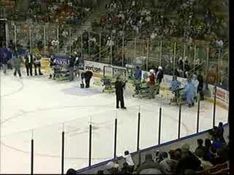 2007 Manchester Monarchs Hospital Bed Race Video