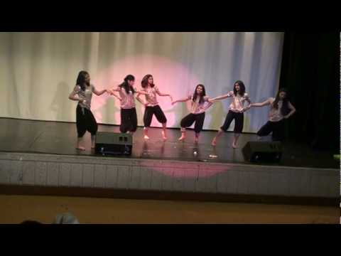 Mcac Kerala Nite 2010 - Mollywood Bollywood Remix Group Dance video