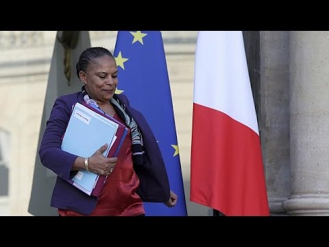 French justice minister's resignation highlights cracks over controversial citizenship bill