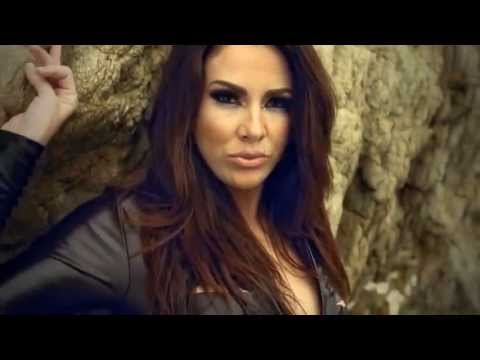 Nayer Feat Pitbull & Mohombia Suavemente (Official Music Video)