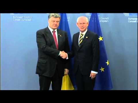 Ukraine Language Debate: Poroshenko proposes to give English language special status in Ukraine