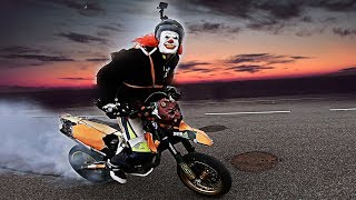 Halloween on Supermotos | 2 spooky 4 you?