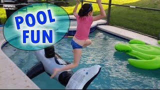 Pool Fun Kid Summer Fun Jumping Swimming with Pool Toys