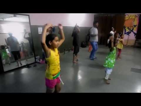 Jadoo ki jhappi freestyle dancing