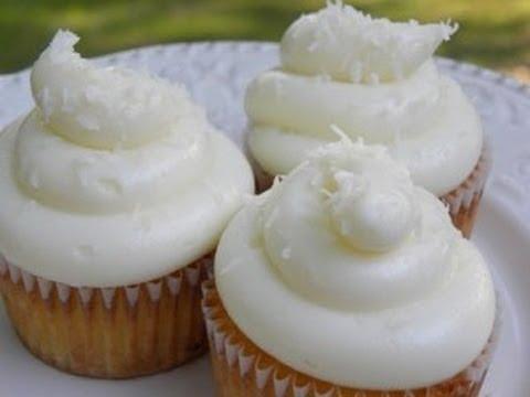 Cup Cakes de Piña con Coco / receta de postres / receta de pasteles