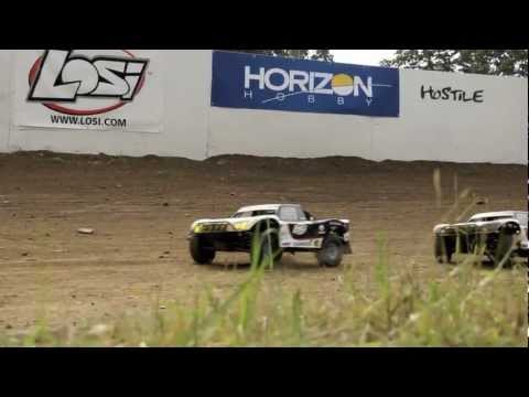 Losi 5ive-T in action!