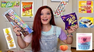 Download Lagu TEACHER TRIES HER STUDENTS FAVORITE SNACKS | TAKIS. HOT CHEETOS. LUNCHABLES &MORE Gratis STAFABAND