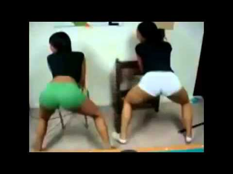Two Girls Shakin There Ass! video