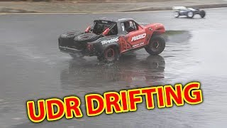 Traxxas UDR Drifting in the RAIN RC Car Drifting