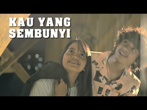 Download Lagu Kau Yang Sembunyi - Hanin Dhiya (Official Music Video) MP3 Free