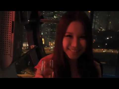 Dawn Yang - Sky Dining on the Singapore Flyer