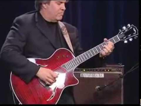 Top Guitarist - Doyle Dykes - Taylor T5 *** Guitaristpage.com