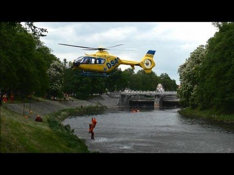 Výcvik záchrany tonoucího Hradec Králové - Kryštof 18 - Letecká záchranná služba Liberec