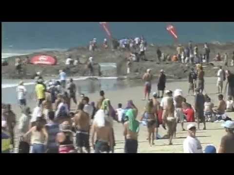 Dean Morrison wins the 2003 Quicksilver Pro