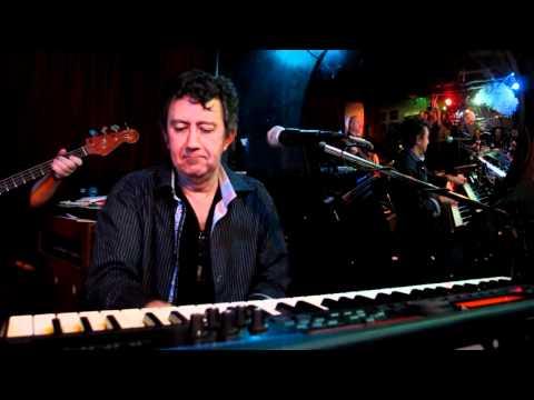 The Dexters live at the Orbit Room - Peter Gunn