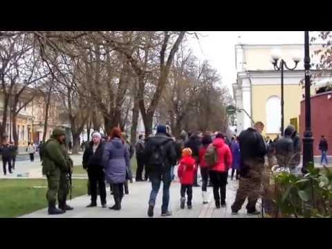 Крымская ВЕСНА: Вежливые люди 1.03.14 Свадебный Симферополь.