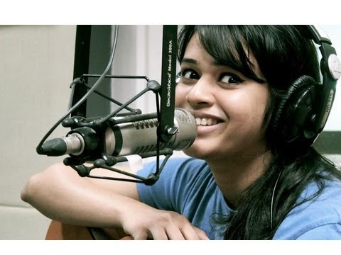 daru Desi Girl Shalmali Kholgade To Sing For Pune 52 - Marathi News [hd] video