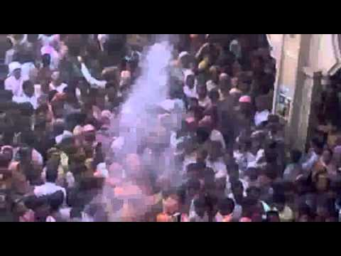 Barsana Latha Mar Holly Video Lathmar Holi At Barsana - Youtube Like Porn Sex Video Event video