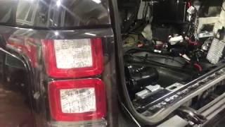 Дополнительная шумоизоляция Range Rover Vogue начинается с осмотра и оценки заводской ШВИ
