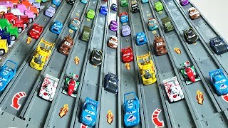 NEW Cars 3 Race Track Jackson Storm Racing Set Lightning McQueen - Гонки Тачки 3