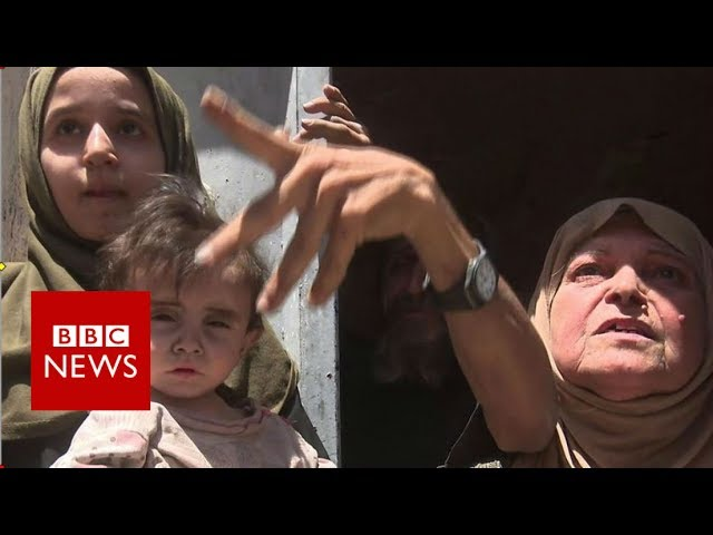 Inside Mosul: Danger and desperation - BBC News