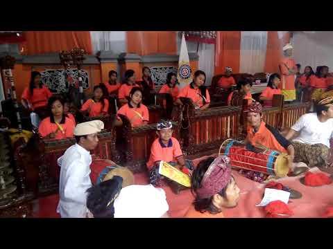 TABUH GEGILAKAN - Seekhe Gong Putra - Putri Dwipasari