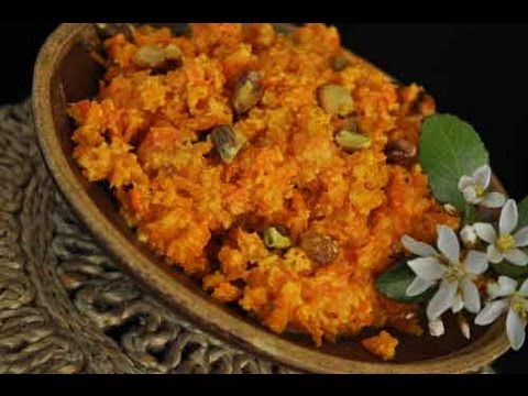 Carrot Halwa Recipe aka Gajjar ka Halwa Indian Recipe