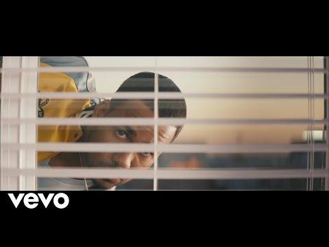 Romeo Santos - Héroe Favorito (Official Video)
