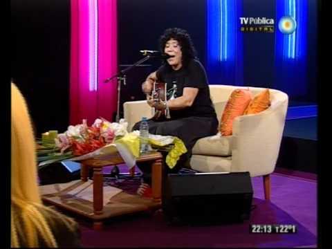Rosana Como en casa: charla y canciones en la TV Pública - 14-04-12 (5 de 5)