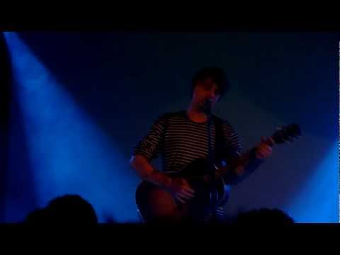 Pete Doherty live in Brescia - 25022013 - Don't look back into the sun
