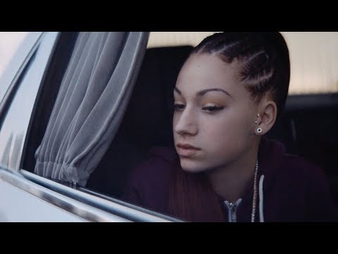 "BHAD BHABIE - ""Mama Don't Worry (Still Ain't Dirty)"" video et musique officielle  