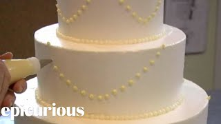 download lagu How To Make Your Own Wedding Cake: Piping Swag gratis
