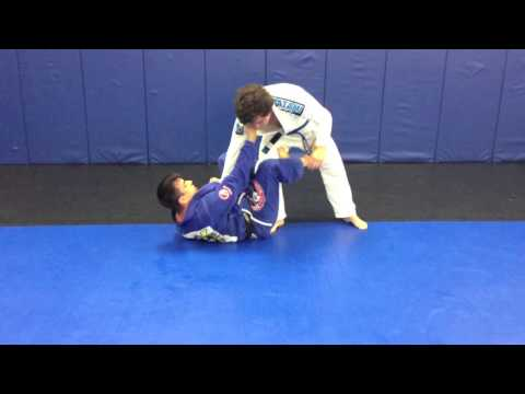 2 Sweeps from De la X-Guard (with berimbolo) Image 1