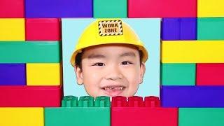 Lyndon Pretend Play as a Builder with Jumbo Blocks