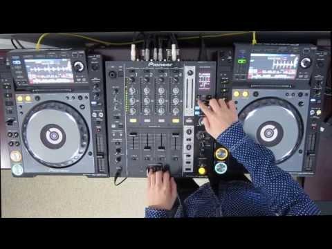 DJ Ravine Just messing around on Pioneer CDJ 2000 Nexus and DJM 750 uhh...mix (ELECTRO)